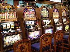 slot machine gaming
